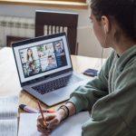 De voor- en nadelen van het werken met een school laptop