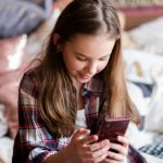 Op welke leeftijd is je kind toe aan een eigen smartphone?